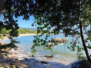 Trinity Breezes * Trinity Beach