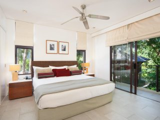 Sea Temple Palm Cove Private Apartment 213