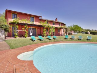 Casa Mennone - Big Private Garden, AC, Swimming Pool, Hot Tub and Great View