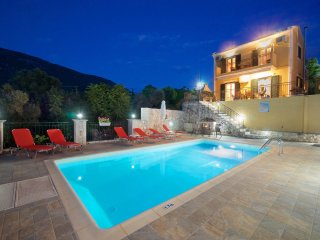 SECLUDED  STUNNING 2 BEDROOM  VILLAGE VILLA WITH PRIVATE POOL