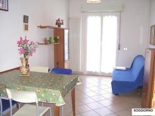 Casa Vacanze ONDA BLU - bilocale per FAMIGLIE, 100 mt dal mare - affitto mensile