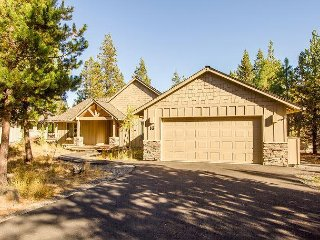 Open great room features a stone gas fireplace, Free SHARC Passes-Camas 16