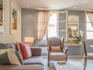 Evelyn - Light, spacious and homely!