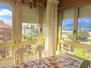 APARTMENT WITH SEA VIEWS - 4D - LAREDO 50M FROM THE BEACH - 16 PAX