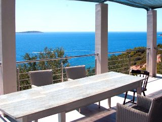 Complete rest from EVERYTHING! Superb Villa  Baia Blu with Amazing sea views