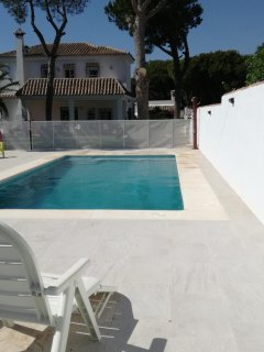 A 650m de la playa. 750m parcela. Piscina privada