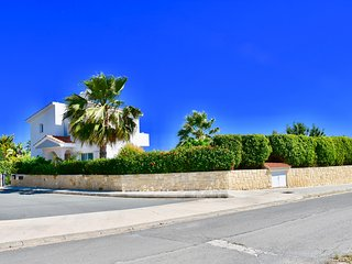 Villa Corrado from roadside
