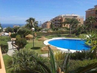 Beautiful apartment with sea view,Near Puerto Marina and Playa Carihuela.
