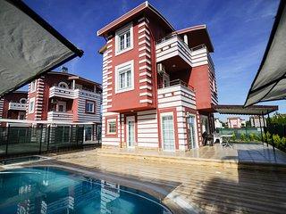Happyland Villa-BELEK