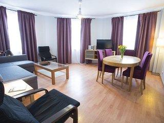 M6 apartment in Stare Miasto {#has_luxurious_amen…
