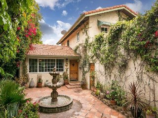 4BR Lower Riviera Spanish-Style w/ Balcony & Patio – Minutes from Downtown