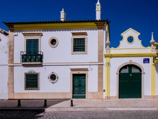 Faro Traditional House - Center - 2Br