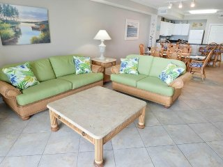 Beautiful Vacation Home with Gulf Front Balcony at Tidewater