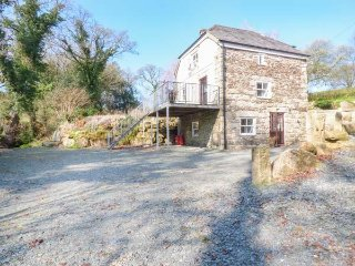 BOTTERNELL MILL, isolated, balcony, 2 bedrooms both with en-suites, near
