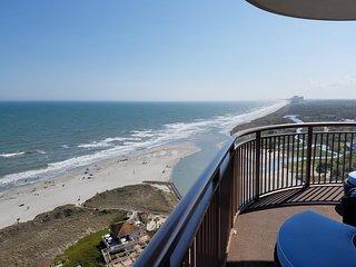 Best View, Luxury Amenities, 3 Bedroom Oceanfront!