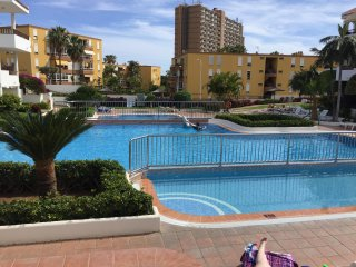 2 bedroom duplex apartment with sea view and Wifi in Los Cristianos.