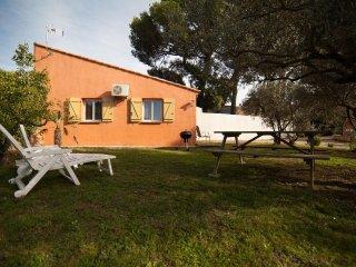 Gîte meublé climatisé L' Olivier au coeur de la  Provence à Miramas 13140