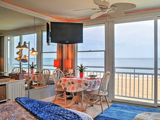 Oceanfront VA Beach Studio w/Balcony & Pool Access