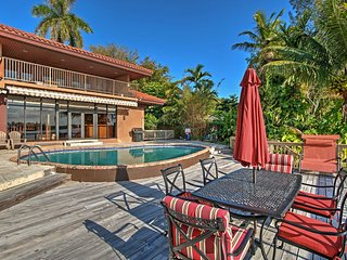 New! Lakefront 4BR Miami House w/ Pool & Sauna!