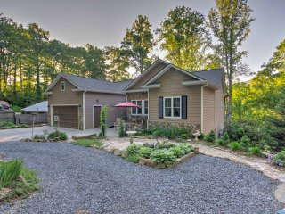 Maggie Valley Home w/ Hot Tub & Forest Views!