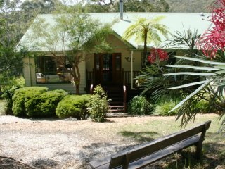 Topi Gums Bush Retreat-mid coast NSW