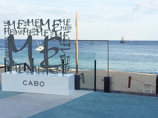Christmas in Cabo at the Me