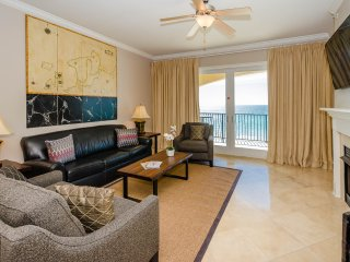 Luxury Beachfront Condo! 2 Community Pools! Private Balcony Overlooking Water