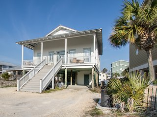 'Grayton Dunes' ~ Newly Decorated - Gulf Views and Steps from Beach!