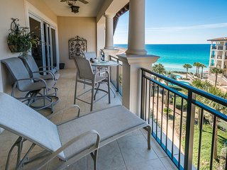 Luxury Top Floor Italian Inspired Condo! Unforgettable Beach Views!