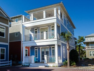 'Our Blue Beso' - Large Game Room! Gulf Views! Propane Grill - Beach Shuttle