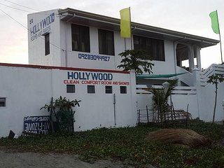 Hollywood Beach Cottages