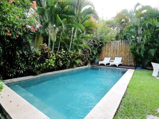 PRIVATE villa with pool near the beach Seminyak Ku De Ta