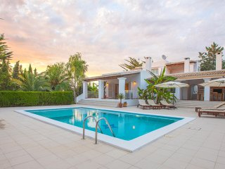 Lovely villa in Jesus with pool and large garden - 10 minutes from Dalt Vila