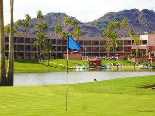 5 Room Penthouse Golf & Lakeview Resort Villa Suite (Baddely, Couples, Irwin)