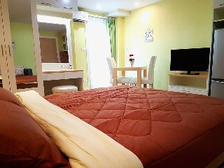 Pretty room+Free wifi+Pools+Gym+near Airport+Cozy