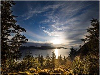 Experience Nordfjord, Nesjane Gard on the isle Barmen