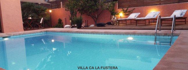 Villa familiar Ca La Fustera a pocos metros de la playa de arena Cala La Fustera