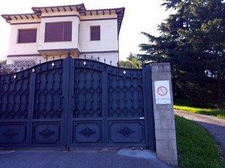 Casa grande privada y con jardin proxima a Santander, Cabarceno y playas