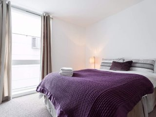 Stunning 2 bed 2 bath in Central London - close to Regents Park