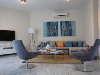Amathus 3BR luxury villa