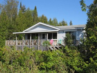 Turquoise Bay cottage (#1066)