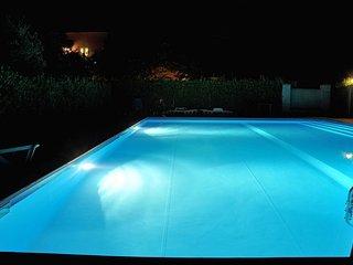 Poderecampialmare. Appart 'OLMO' , 2 camere, piscina, giardino privato, carpark