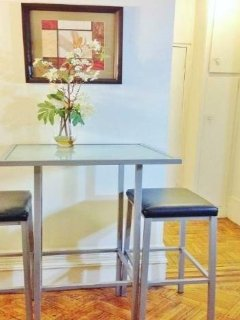 dining bar table & stools
