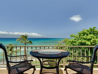 Paki Maui 423 - ocean views, resort pool & hot tub - quick drive from Lahaina