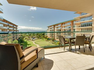Stunning oceanview condo w/ resort hot tubs, pools & more - walk to beach!