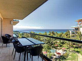 Luxury condo w/ marvelous ocean view, access to resort pools, hot tubs & more!
