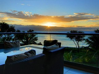 Oceanfront Honua Kai - Hokulani 302 w/ gourmet kitchen & shared pools/hot tub!