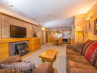 Ski-in/ski-out with shared heated pool/hot tub, & unbeatable mountain views!