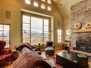 Incredible ski-in/out retreat w/ mountain views, private hot tub, & fireplace!
