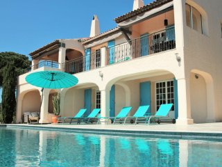 Luxury Villa Savoir Vivre beautiful SEAVIEW, pool near St. Maxime and St Tropez